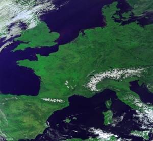 1602 foto Europa da satellite